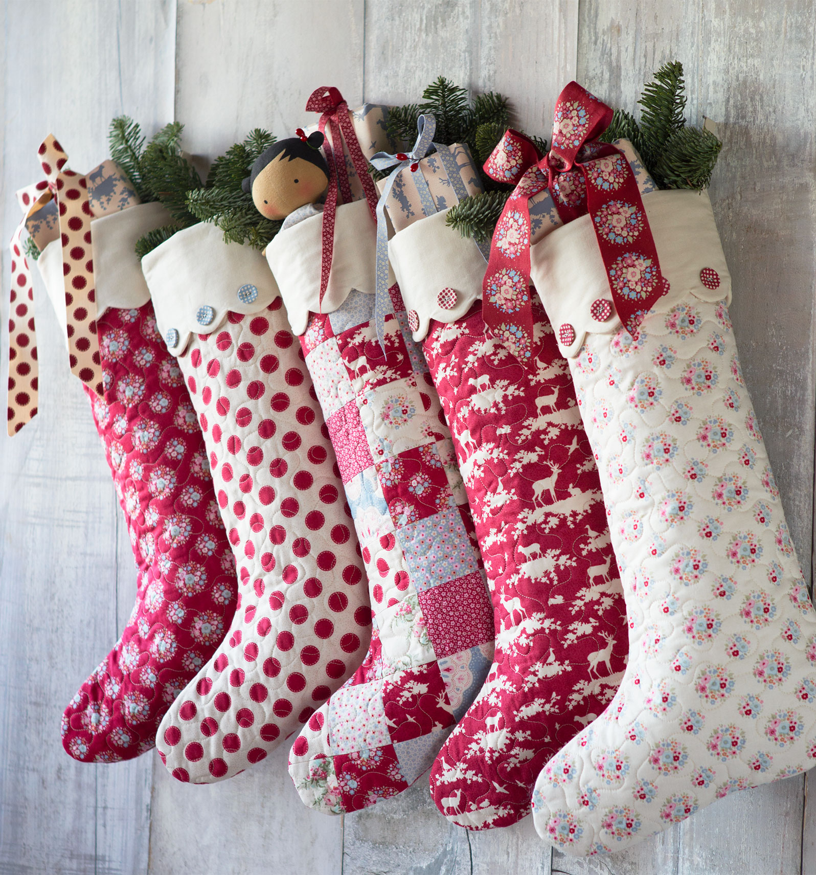 Cosy Christmas Stockings | Tildas World : pattern for quilted christmas stocking - Adamdwight.com